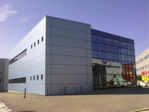 Centros de negocio alquiler oficinas madrid barcelona y for Oficina vodafone empresas