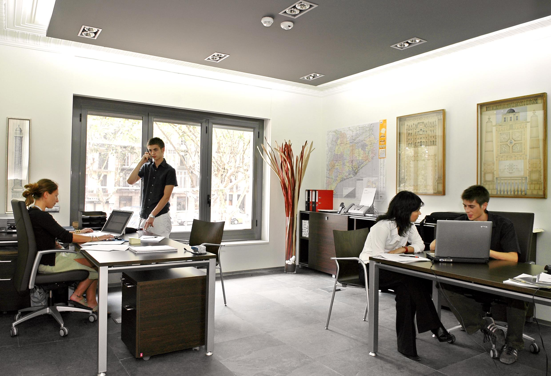 Muchos asociados se han adherido ya al convenio crece en un centro de negocios proworkspace - Centro de negocios en alicante ...