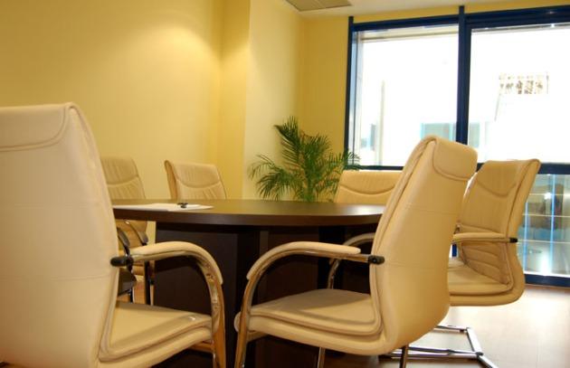 Inn Office Sevilla. sala reuniones